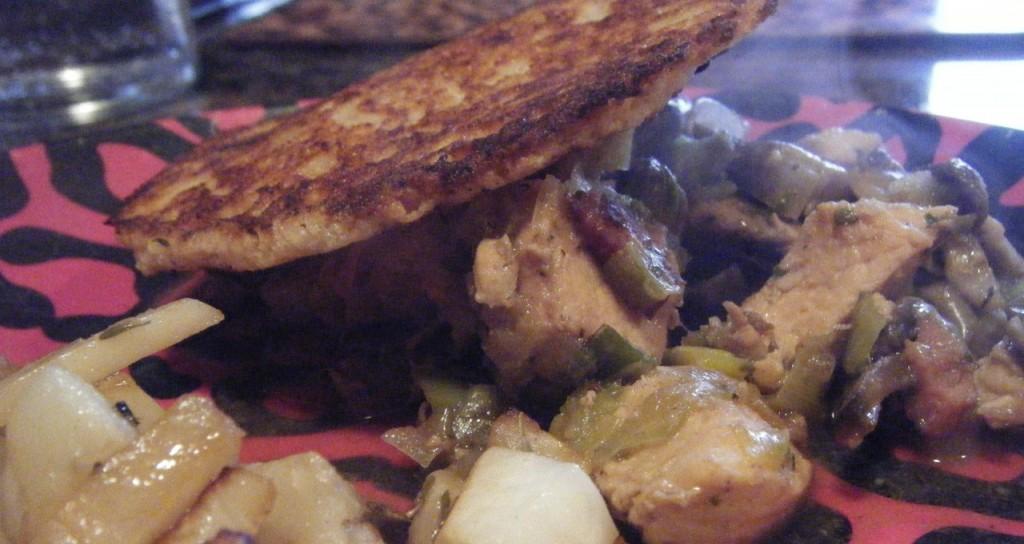 Chicken, Leek, Mushroom and bacon 'pie'   The Creative Caveman